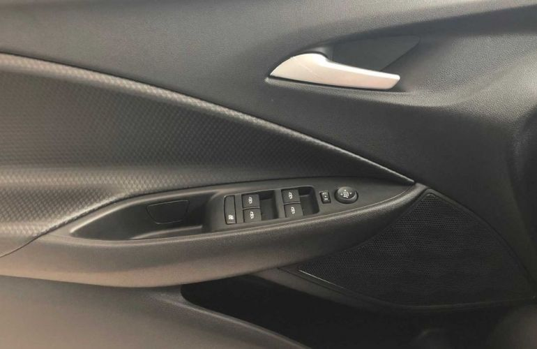 Chevrolet Onix 1.0 Turbo Plus - Foto #7