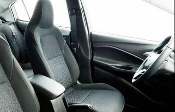 Chevrolet Onix 1.0 Turbo LTZ - Foto #6