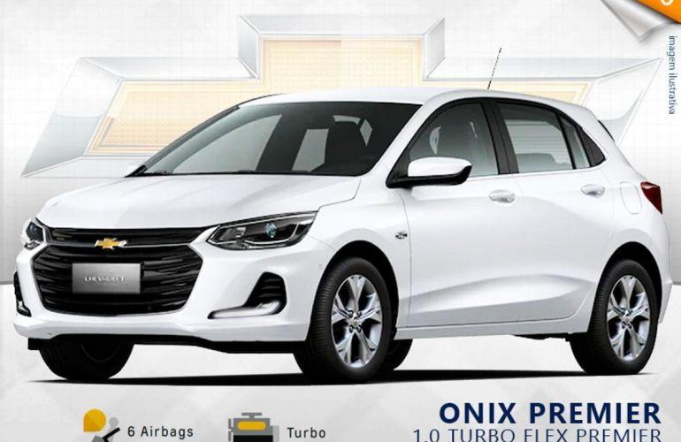Chevrolet Onix 1.0 Turbo Premier - Foto #1
