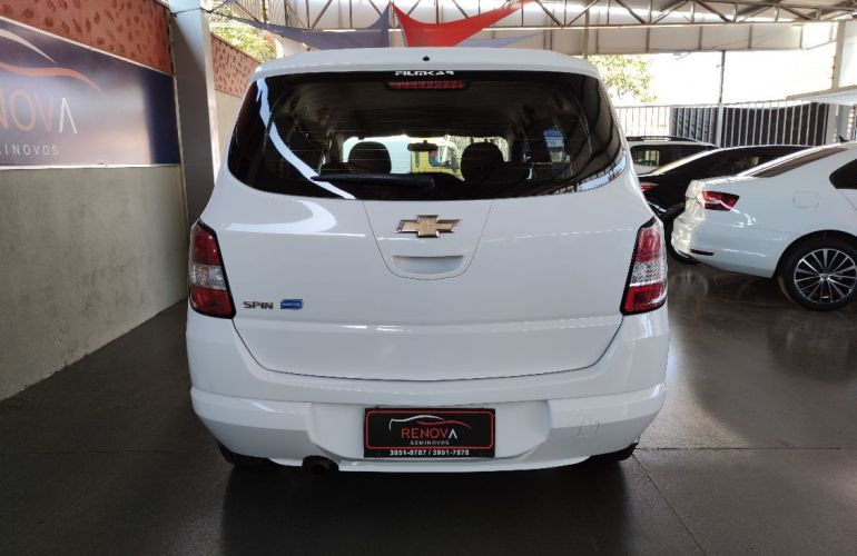 Chevrolet Spin 1.8 LS 8v - Foto #4