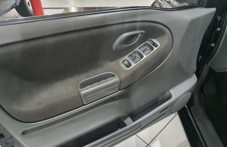 Chevrolet Tracker 2.0 4x4 8v - Foto #10