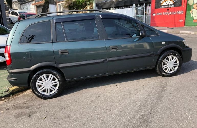 Chevrolet Zafira 2.0 MPFi Comfort 8v - Foto #4
