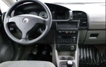 Chevrolet Zafira 2.0 MPFi Comfort 8v - Foto #3