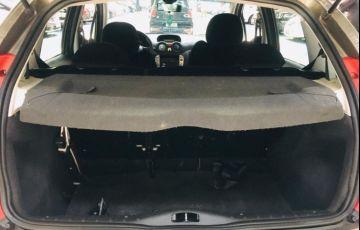 Citroën C3 1.4 I Exclusive 8v - Foto #7