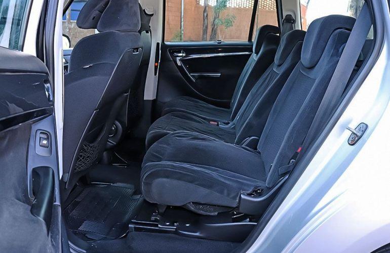 Citroën C4 Grand Picasso 2.0 16v - Foto #5