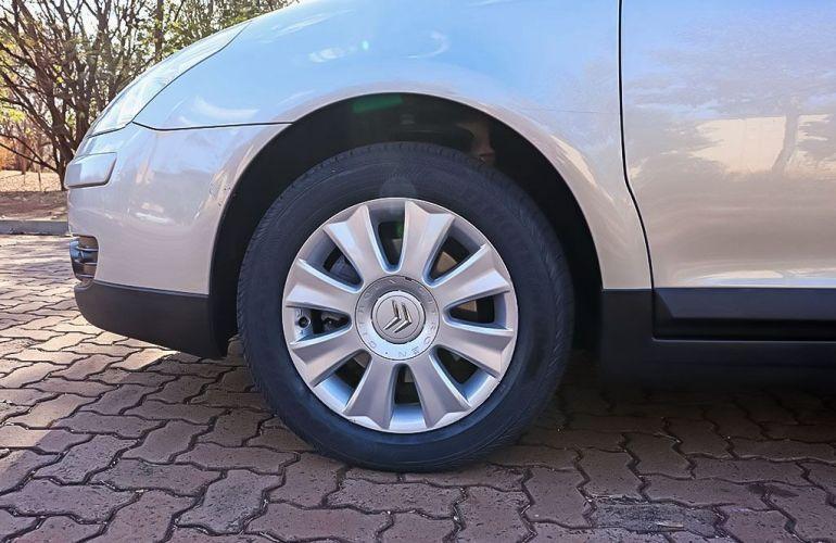 Citroën C4 2.0 Pallas Exclusive 16v - Foto #9