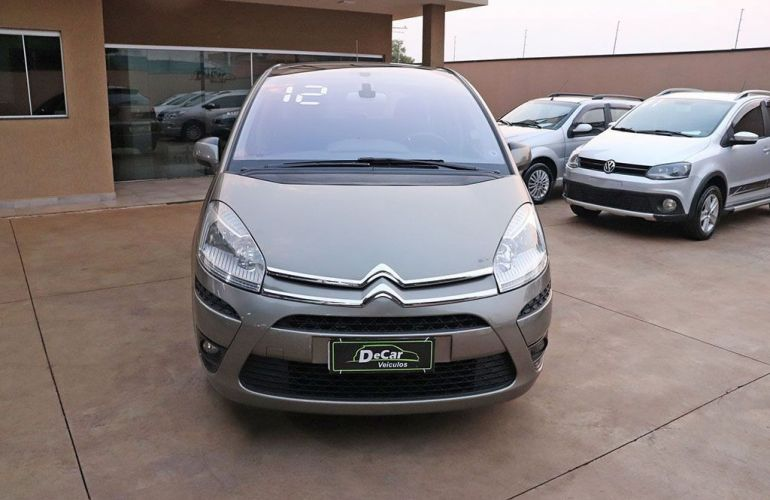 Citroën C4 Picasso 2.0 16v - Foto #2