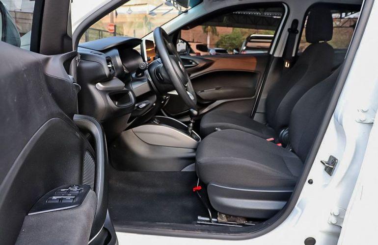 Fiat Cronos 1.3 Firefly Drive - Foto #9