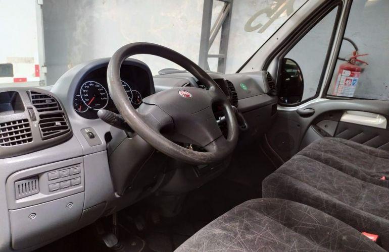 Fiat Ducato 2.3 Minibus Teto Alto 16V Turbo - Foto #3
