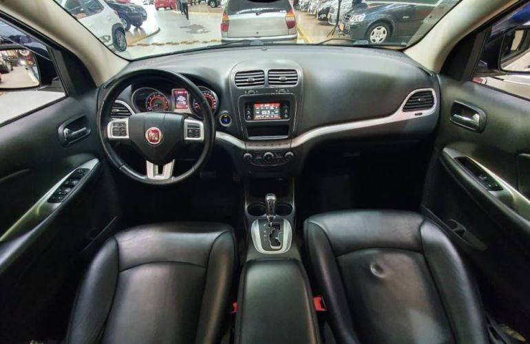 Fiat Freemont 2.4 Emotion 16v - Foto #9