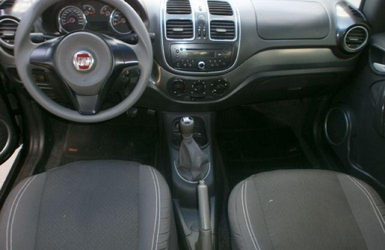 Fiat Grand Siena 1.4 MPi Attractive 8v - Foto #8