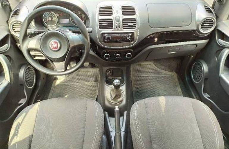 Fiat Grand Siena 1.4 MPi Attractive 8v - Foto #7