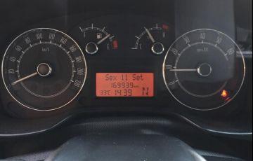 Fiat Linea 1.9 MPi 16v - Foto #8