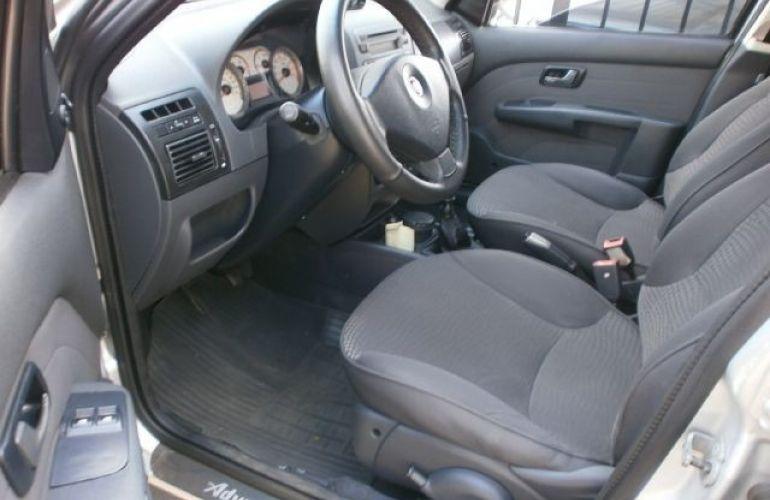 Fiat Palio 1.8 MPi Adventure Locker Weekend 16v - Foto #9