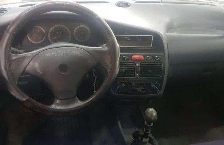 Fiat Palio Weekend Stile 1.6 MPi 16V - Foto #4