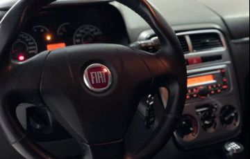 Fiat Punto 1.4 Attractive Italia 8v - Foto #8
