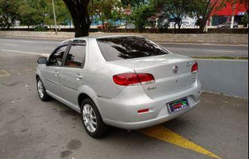 Fiat Siena 1.6 MPi Essence 16V Flex - Foto #2