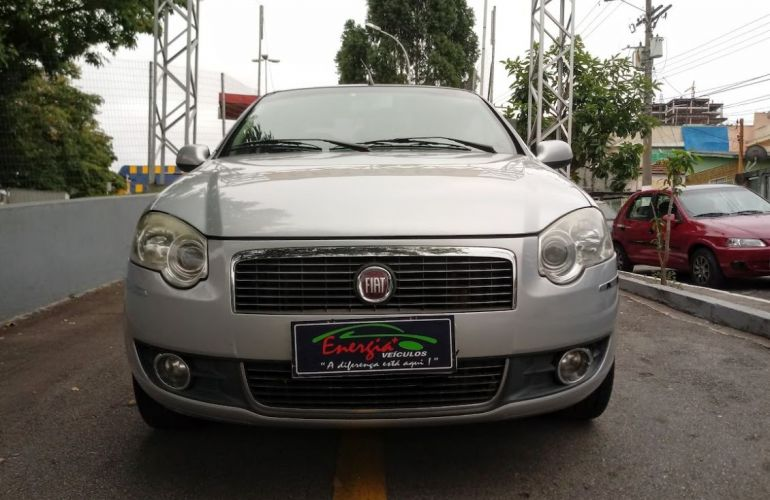 Fiat Siena 1.6 MPi Essence 16V Flex - Foto #3