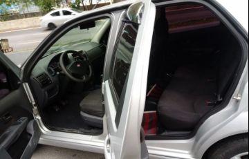 Fiat Siena 1.6 MPi Essence 16V Flex - Foto #8