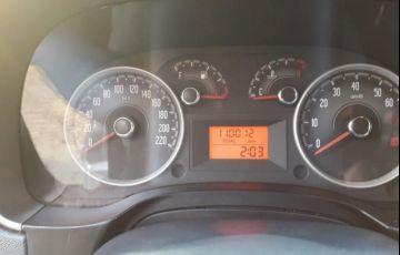 Fiat Strada 1.6 MPi Trekking CD 16v - Foto #6