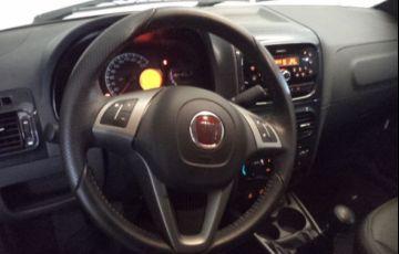 Fiat Strada 1.4 MPi Freedom CD 8v - Foto #8