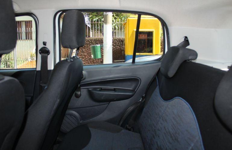 Fiat Punto 1.8 Sporting 16v - Foto #7