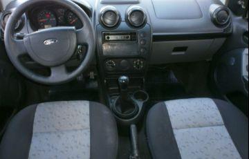 Ford Fiesta 1.0 MPi Hatch 8v - Foto #8