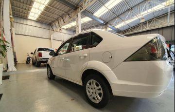 Ford Fiesta 1.6 MPi Sedan 8v - Foto #3