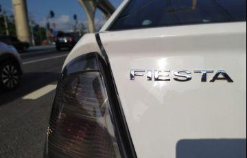 Ford Fiesta 1.6 Rocam SE 8v - Foto #7