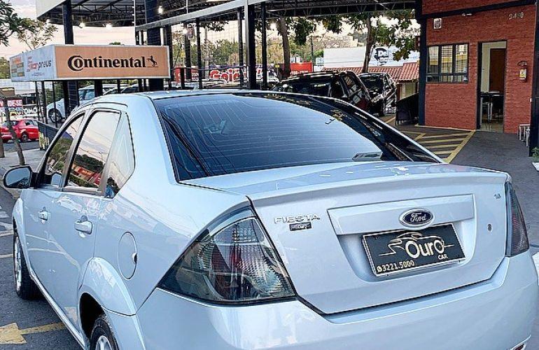 Ford Fiesta 1.0 Rocam SE Plus Sedan 8v - Foto #1