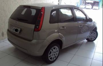 Ford Fiesta 1.6 Rocam SE 8v - Foto #2