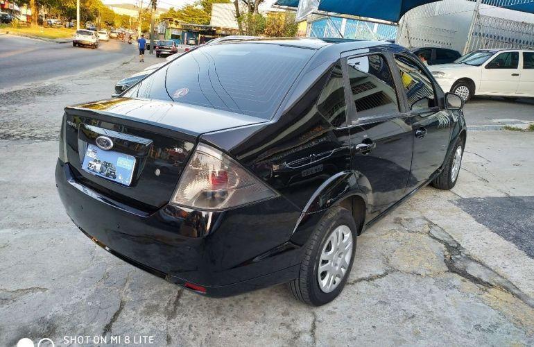 Ford Fiesta 1.6 Rocam Sedan 8v - Foto #8