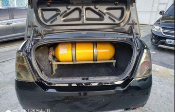 Ford Fiesta 1.6 Rocam Sedan 8v - Foto #9