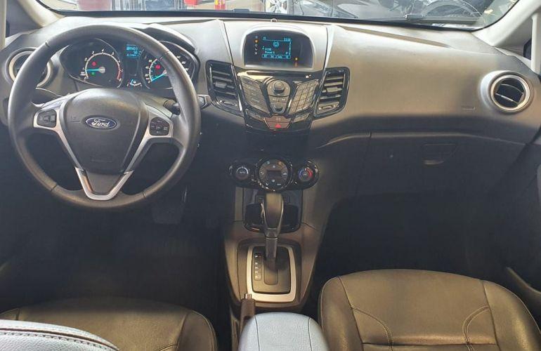 Ford Fiesta 1.6 Titanium Hatch 16v - Foto #4