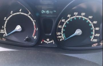 Ford Fiesta 1.5 SE Hatch 16v - Foto #3