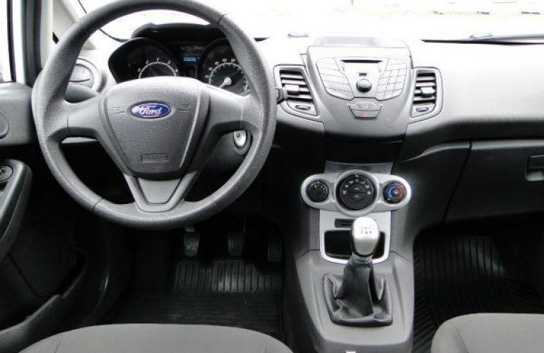 Ford Fiesta 1.6 SE Hatch 16v - Foto #5