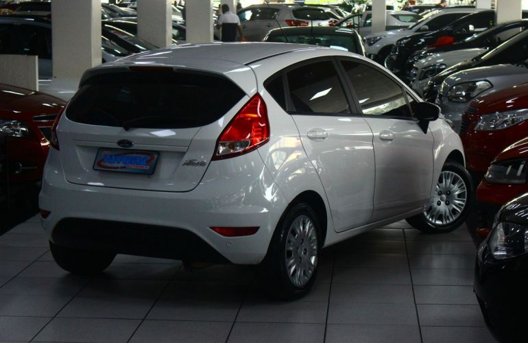 Ford Fiesta 1.6 Tivct SE Style - Foto #2