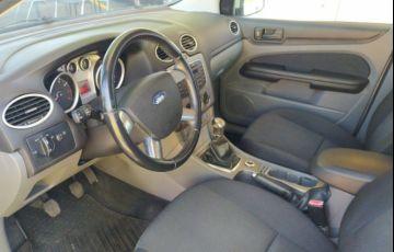Ford Focus 1.6 8v - Foto #3