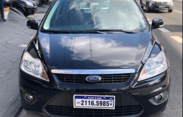 Ford Focus 2.0 16v - Foto #1