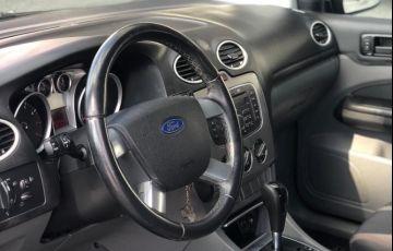 Ford Focus 2.0 16v - Foto #10