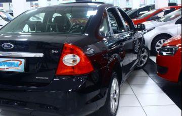 Ford Focus 2.0 Titanium Sedan 16v - Foto #9