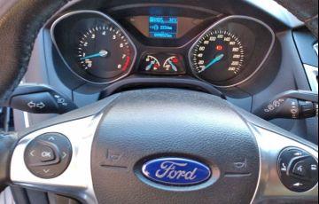 Ford Focus 2.0 SE Plus 16v - Foto #6