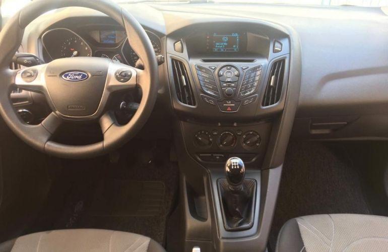 Ford Focus 1.6 S 16v - Foto #6