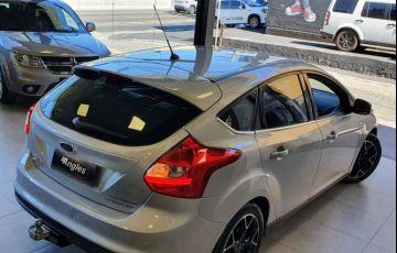 Ford Focus 2.0 Titanium 16v - Foto #2