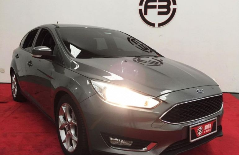 Ford Focus 2.0 SE Hatch Plus 16v - Foto #1