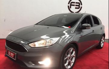 Ford Focus 2.0 SE Hatch Plus 16v - Foto #2