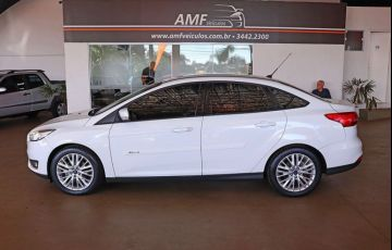 Ford Focus 2.0 SE Plus Fastback 16v - Foto #7