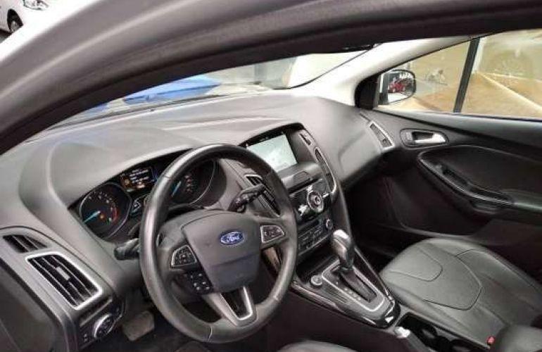 Ford Focus 2.0 Titanium Plus Fastback 16v - Foto #6