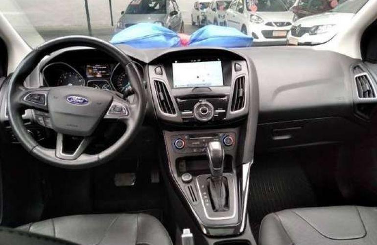 Ford Focus 2.0 Titanium Plus Fastback 16v - Foto #7