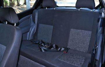 Ford Ka 1.0 MPi 8v - Foto #7